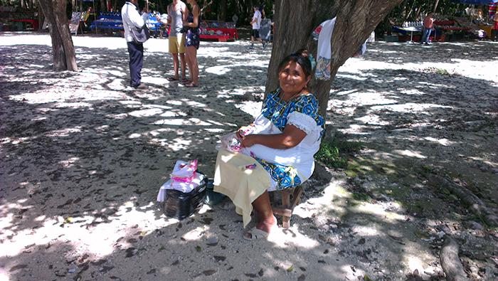 mayan-old-woman