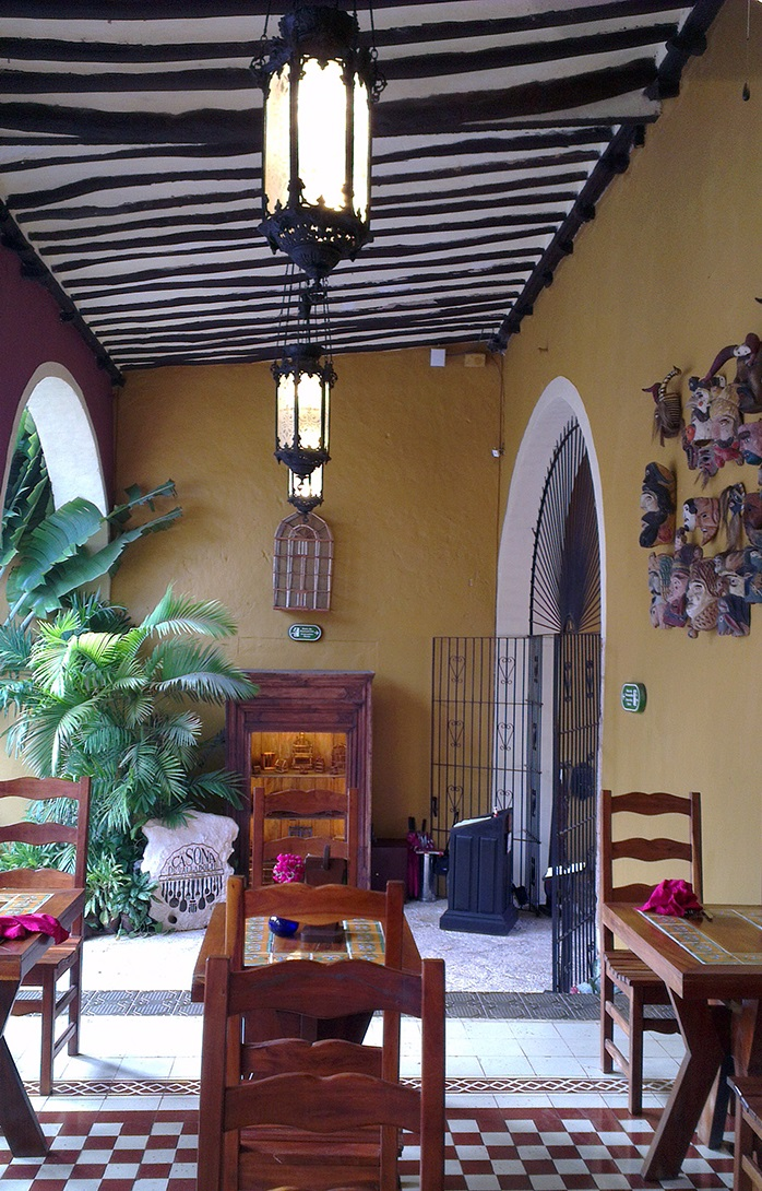 mexican-house-inside