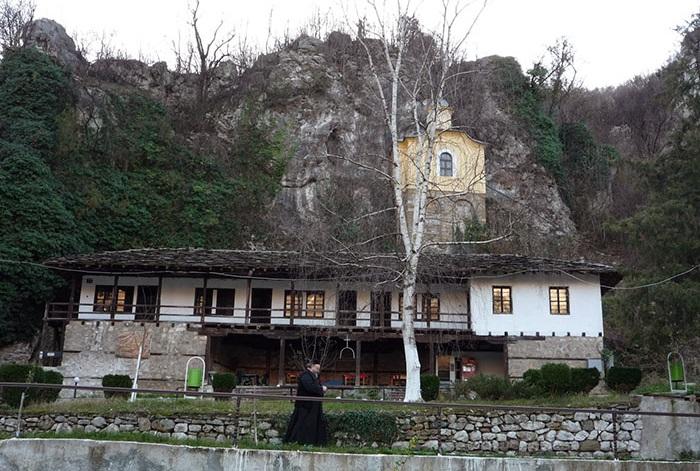 Cherepishki manastir1
