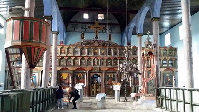 Bosilegrad_Izvor_cherkva2