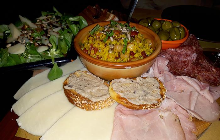 Tipical Sicilian dinner