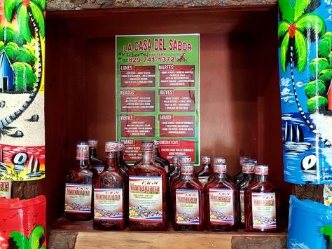 Мамахуана (Mamajuana) е традиционна местна напитка, която пред туристите е маркетирана като афродизиак
